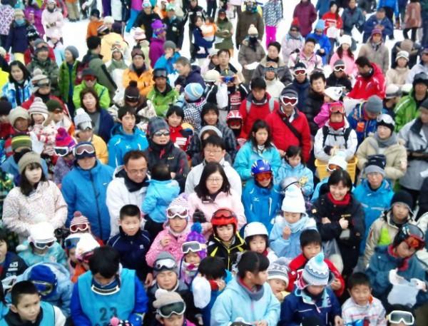 24 ハチ高原雪祭り
